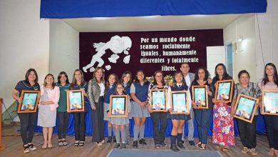 Photo of Más de 50 mujeres homenajeadas por día de la mujer