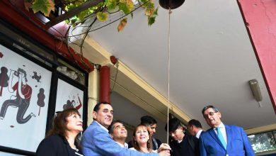 Photo of Alcalde Javier Muñoz, directora DAEM y Concejales dieron la bienvenida a estudiantes del Liceo Fernando Lazcano